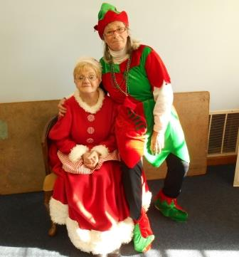 Mrs. Claus and the Good Elf